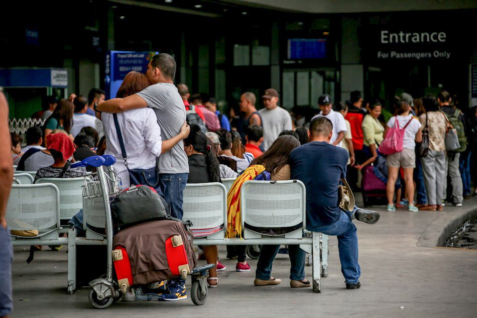 Migration: Philippines sends its women abroad